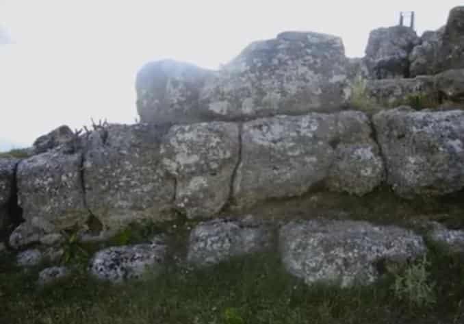 vlohos-pyramid-3-min